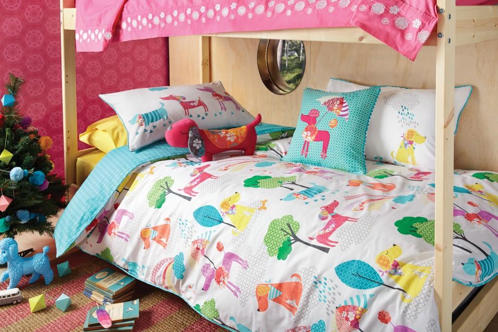 Alles für Happy Kids!    Rückzugsort und kreativer Platz für Ihre Kinder. Hier sollten sich Ihre kleinen Lieblinge pudelwohl fühlen. Viel Freude versprechen unsere lustigen, farbenfrohen Zierkissen von KAS Australia - diese sind echte Hingucker. Zum Kuscheln für die Kleinen empfehle ich unsere Kissenhüllen Traumprinz & Prinzessin von Mary Rose, oder lustige Bettwäsche, in der Ihre Kinder sanft einschlummern können.