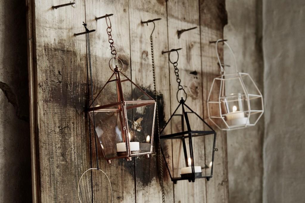Es sind die kleinen Dinge, die das Leben schöner und bunter gestalten! Ob ein Windlicht, eine Vase oder eine schöne Lampe. Erst Accessoires machen einen Raum gemütlich! Unser Lieblingslabel für stylische Accessoires heißtMadam Stoltz. Handgemacht, modern, mit schlichter Eleganz. Wohnaccessoires von Madam Stoltzsind etwas ganz Besonderes!