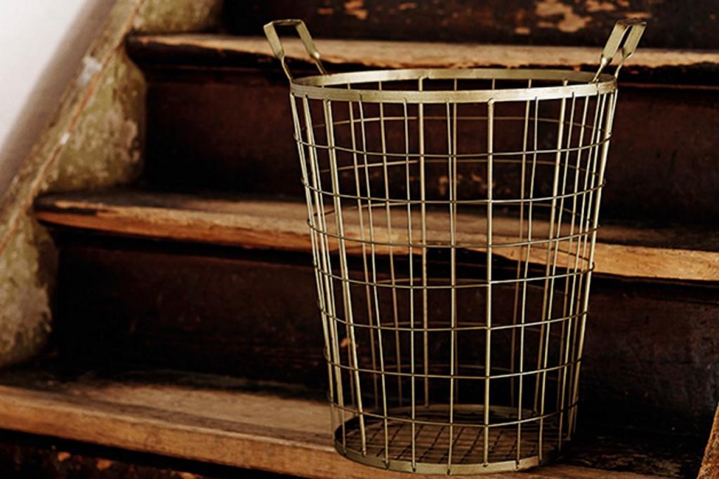 Nützliche Behälter und Stauraum für Dinge, welche ein Plätzchen suchen!